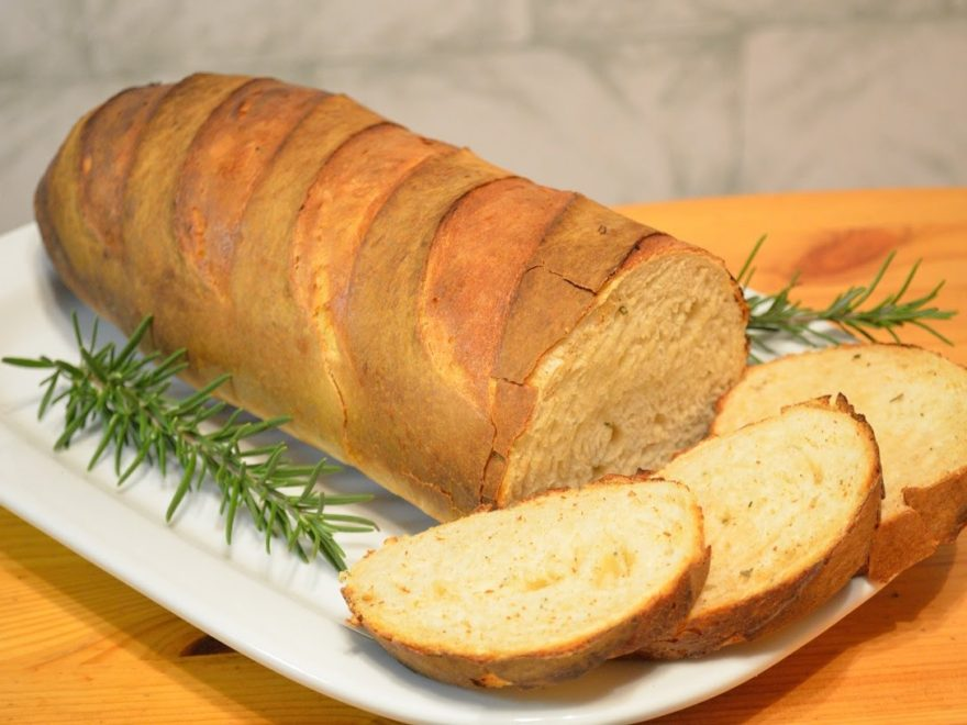 Roasted Garlic and Rosemary Bread – BEER-N-BBQ by Larry